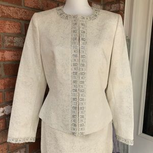 EUC Tahari Winter White Embellished Skirt Suit